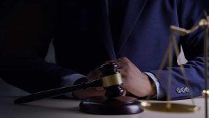 Mahkeme Kararını Yerine Getirmeyen Memurun Sorumluluğu Nedir?